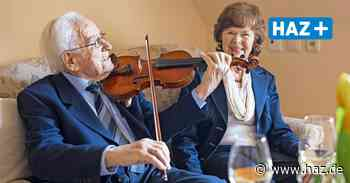 Zwei Herzen im Gleichklang: 106-Jähriger spielt für seine neue Liebe