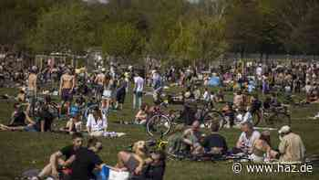 Lang ersehnter Sommertag: Deutsche strömen nach draußen - zahlreiche Corona-Verstöße