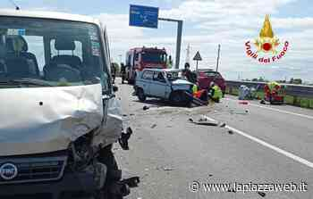 Lonigo, scontro frontale tra auto e furgone: quattro feriti di cui uno grave - La PiazzaWeb - La Piazza