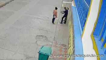 A una monja en La Tebaida 2 ladrones le robaron el celular - La Cronica del Quindio