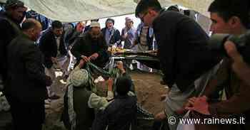 Bomba prima della tregua: 11 morti nel sud-est dell'Afghanistan - Rai News