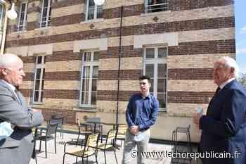 Formation - Inscrit à Montpellier, il étudie depuis le Dôme de Dreux - Echo Républicain