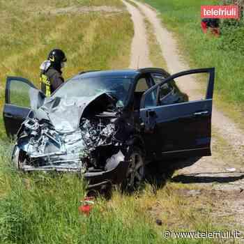 Incidente stradale a Buttrio lungo la statale: grave il conducente, elitrasportato - Telefriuli