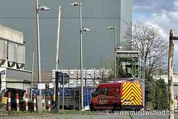 Machine Picanol vat vuur, meer dan honderd medewerkers geëvacueerd