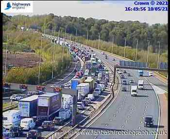 Lanes closed due to overturned lorry on M6