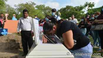 Entierran a Jairito y a su padre, asesinados en Guazapa - elsalvador.com