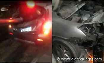 Un auto chocó y fue atravesado por un guardarrail en Santa Lucía - Diario Huarpe