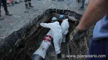 Reparan pérdida de agua que había inundado calles del centro - Pilar a Diario