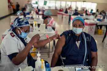 Coronavirus: Por qué preocupa la llegada de la variante de Sudáfrica al país - LA NACION