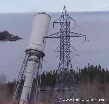 VIDEO: Aguasabon water tank near Terrace Bay fell the wrong way during demolition - Tbnewswatch.com
