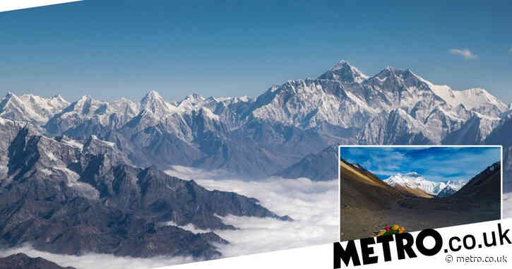 China to draw 'separation line' on top of Mount Everest