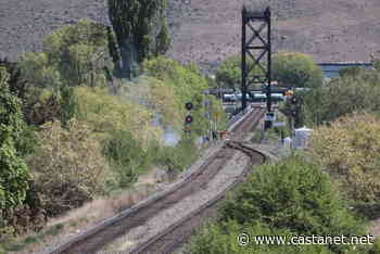 Firefighters extinguish small fire Monday near CN Rail tracks in Westmount - Kamloops News - Castanet.net