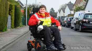 Robin (20) aus Pulheim - Rollstuhl-Sanitäter löst Bewerbungs-Welle aus - BILD