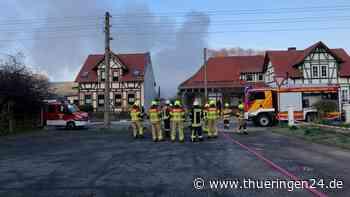 Kreis Nordhausen: Dichte Rauchwolke am Himmel! Feuerwehr im Einsatz - Thüringen24