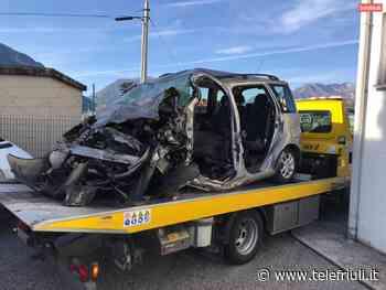 News Scontro fra tre mezzi lungo la statale: morta una donna di Tavagnacco. Grave la figlia - Telefriuli