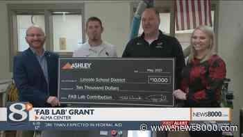 """WEDC grant, Ashley Furniture donation funds Alma Center School District's new """"fab lab"""" - News8000.com - WKBT"""