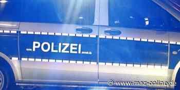 Kleinmachnow: Polizeieinsatz auf Party - Reifen des Streifenwagens zerstochen - Märkische Allgemeine Zeitung