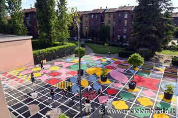 Quarto Oggiaro, i cittadini colorano la piazza - Radio Lombardia