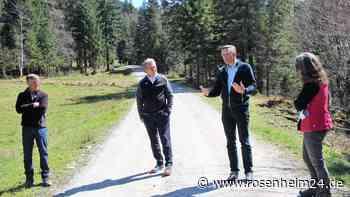 Gespräche für besseres Miteinander von Touristen und Almbauern im Litzldorfer Tal