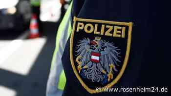 Kufstein: Betrunkener Schüler (15) droht Lehrer mit Messer und flüchtet dann