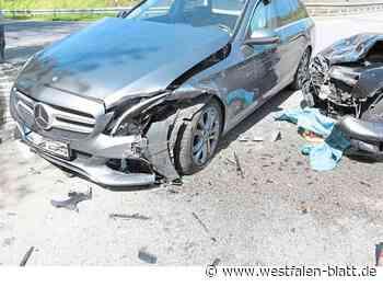 Hoher Sachschaden durch Unfall - Westfalen-Blatt