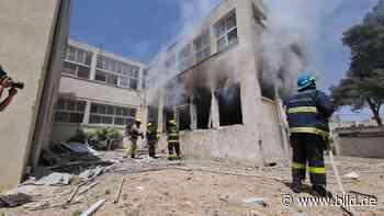 Israel: Massive Angriffe der Hamas – Terror-Rakete trifft Schule - BILD