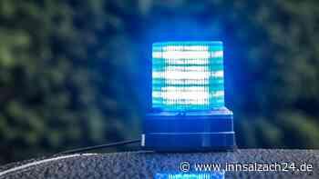Burghausen: Unbekannter durchtrennt Telefon- und Fernsehkabel in Mehrfamilienhaus