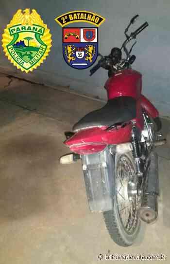 PM prende dois com moto ilegal em Siqueira Campos - Tribuna do Vale