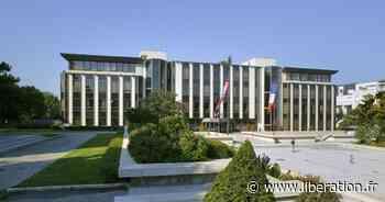 A Rueil-Malmaison, la mairie aux petits soins des jardins privés de ses collaborateurs - Libération