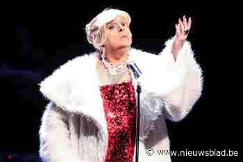 """Gents travestie-icoon Carmen (74) overleden: """"Een travestieshow is cultuur"""""""