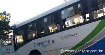 Motorista bate ônibus em muro de igreja em Cachoeiro de Itapemirim - A Gazeta ES