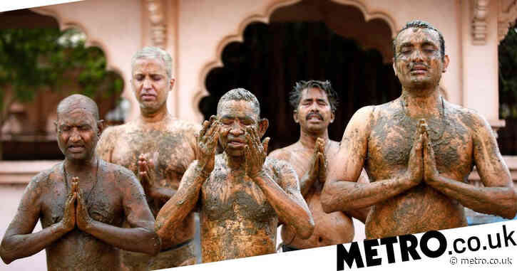 People in India warned smearing themselves in cow poo will not fight Covid