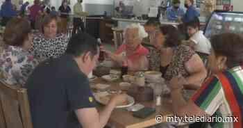 Familias abarrotan restaurantes por 10 de mayo en Monterrey - Telediario Monterrey