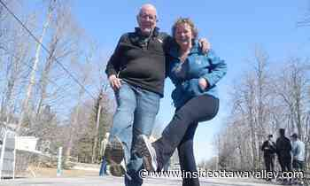 News WITH VIDEO: Mississippi Mills couple walks the block for a year, charity Carleton Place Almonte - Ottawa Valley News