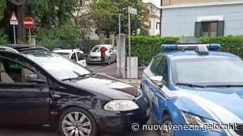 Minore al volante sperona la polizia a Mestre - La Nuova Venezia