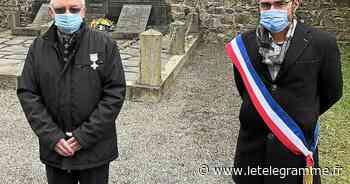 La Croix de combattant remise à Albert Léost lors de la cérémonie du 8-Mai à Dirinon - Le Télégramme