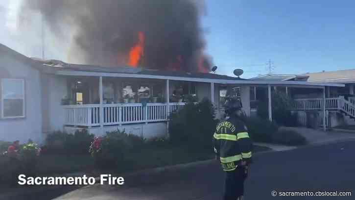 Fire Burns Multiple Mobile Homes In Sacramento