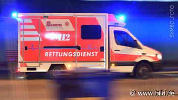 Landkreis Wittmund: Junge (7) unterm Trecker eingeklemmt - BILD