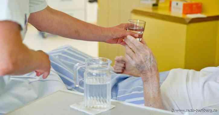 Pflegeverbände fordern Reformen und bessere Bedingungen
