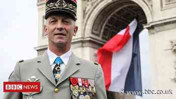 French army chief tells soldiers to quit over civil-war letter