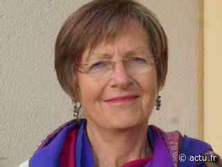 Une habitante de La Roche-sur-Yon signe un carnet de voyage - Le Journal du Pays Yonnais