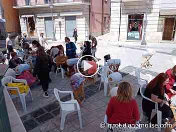 Merlettaie in piazza a Isernia per mostrare l'antica arte del tombolo (VIDEO E GALLERIA FOTO) - Il Quotidiano del Molse