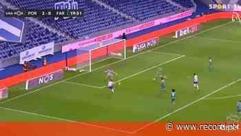 Ataque rápido do FC Porto com Luis Díaz a concluir para o 3-0 diante do Farense - Record