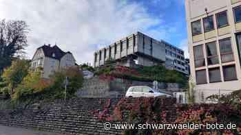 Turnhallen in Oberndorf - Asbest wird bald zu Leibe gerückt - Schwarzwälder Bote