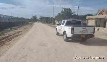 Con donaciones están arreglando la vía de Policarpa en Cartagena - Caracol Radio