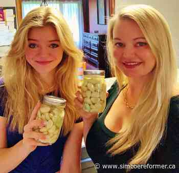 Courtland duo's canning video goes viral - Simcoe Reformer