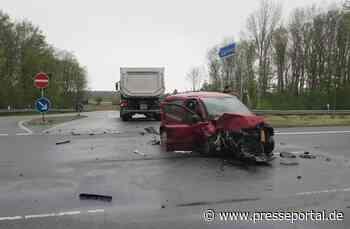 POL-KLE: Wachtendonk - Verkehrsunfall / 27-Jährige Autofahrerin schwer verletzt - Presseportal.de