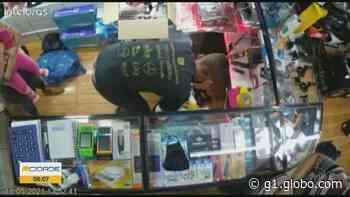 Família é feita refém durante assalto a loja em Borda da Mata, MG - G1