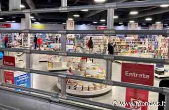 """Vimercate, saracinesche giù al centro commerciale Torri Bianche: """"Fateci lavorare come gli altri negozi"""" - MBnews"""
