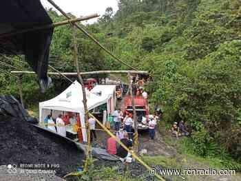Rescataron con vida a cinco mineros atrapados en un socavón en Amagá, Antioquia - RCN Radio